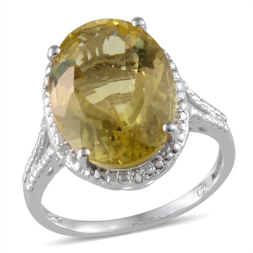 Brazilian Green Gold Quartz (Ovl 8.75 Ct), Diamond Ring in Platinum Overlay Sterling Silver 8.780 Ct.
