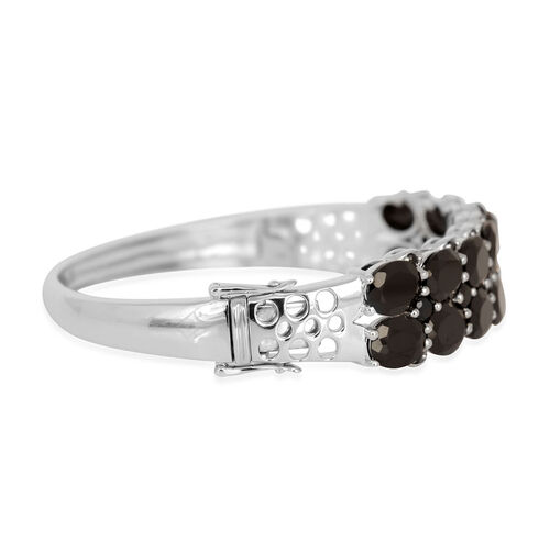 Boi Ploi Black Spinel (Ovl) Bangle (Size 7.5) in Platinum Overlay Sterling Silver 38.860 Ct.