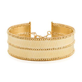 Italian Made 9K Yellow Gold Diamond Cut Bangle (Size 7 with 1 inch Extender), Gold wt. 15.48 Gms.