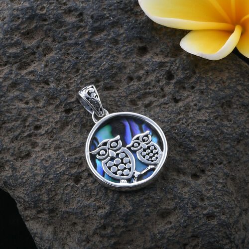 Royal Bali Collection Abalone Shell Owl Pendant in Sterling Silver, Silver wt 3.19 Gms.