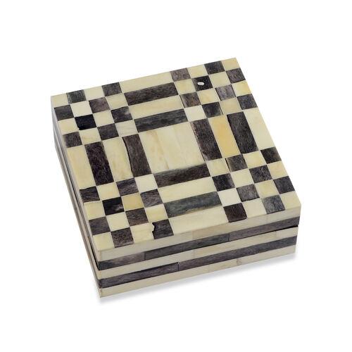 Chequered Pattern Handmade Bone and MDF Storage Box with Inside Velvet Lining (Size 15.5x15.5x6 Cm)