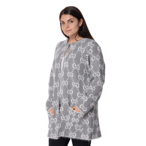 Soft and Smooth Winter Moroccan Pattern Sweater Coat with 2 Pockets (Size 53x81 Cm) - Grey and White