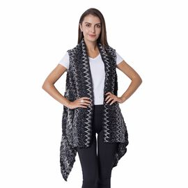 Italian Designer Inspired Black and Grey Colour Chevron Pattern Kimono Size 65x50 Cm