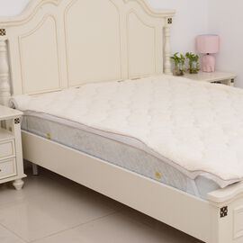 Luxury Teddy Bear Soft and Warm Double Sized Sherpa Mattress Topper with Faux Down Filling in Double Size (140x190 cm). Oeko-Tex tested