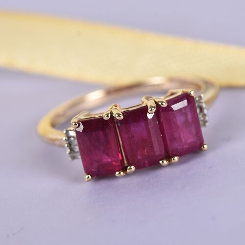 9K Yellow Gold AAA African Ruby and Diamond Ring 2.60 Ct.