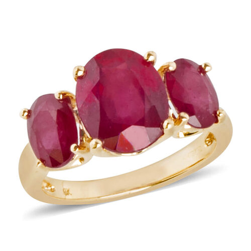 5.6 Ct AAA African Ruby 3 Stone Ring in 9K Gold 2.8 Grams