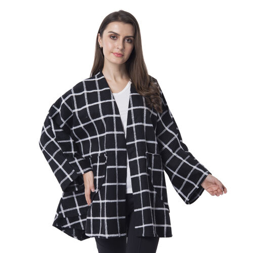Super Chic and Versitile Chequerd Print Cardigan With Pockets (78x73 Cm) Black
