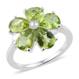 Hebei Peridot (Pear) Floral Ring in Sterling Silver 3.75 Ct.
