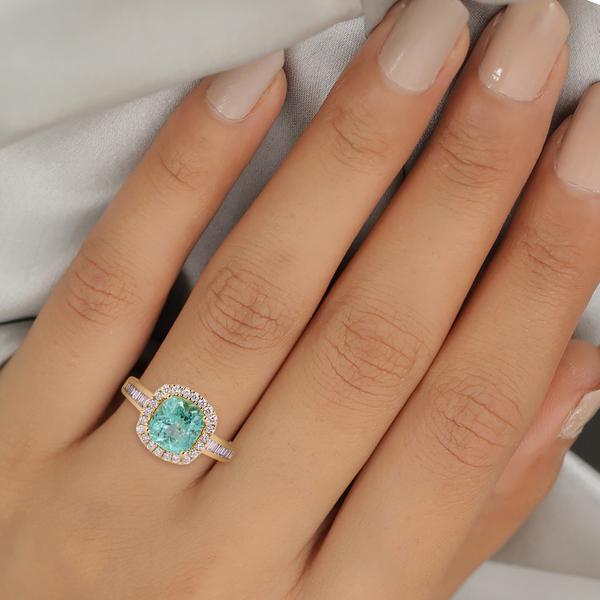 Web Exclusive ILIANA 18K Yellow Gold Boyaca Colombian Emerald and Diamond Ring 3.05 Ct, Gold Wt. 5.88 Gms