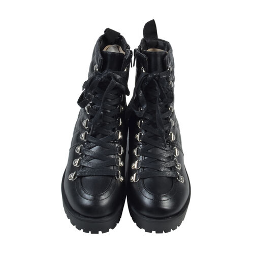 Black Ladies Lace-Up Quilted Ankle Boots (Size 3)