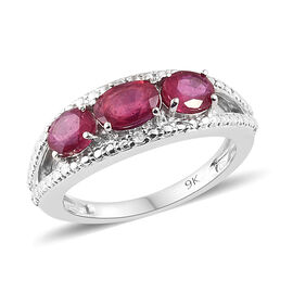 9K White Gold AAA  African Ruby (Ovl), Natural White Cambodian Zircon Ring 1.750 Ct