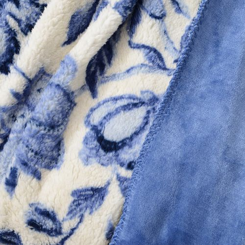 White and Blue Colour Floral Printed Sherpa and Flannel Bonded Blanket (Size 200x150 Cm)