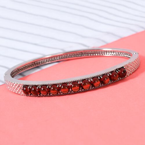 AA Mozambique Garnet Bangle (Size 7.5) in Stainless Steel 4.50 Ct.