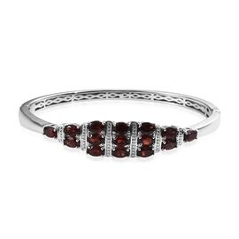 OTO - Mozambique Garnet (Ovl) Bangle (Size 7.5) in Platinum Plated 8.25 Ct.