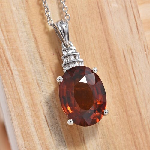 Extremely Rare Size- AAAA Sri Lankan Hessonite Garnet (Ovl 16x12 mm),, Diamond Pendant With Chain (Size 20) in Platinum Overlay Sterling Silver 11.000 Ct.