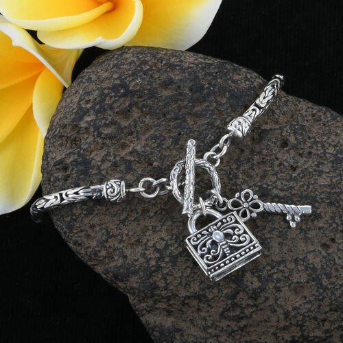 Royal Bali Collection- Sterling Silver Key and Lock Charm Bracelet (Size 7.25), Silver wt 13.88 Gms.