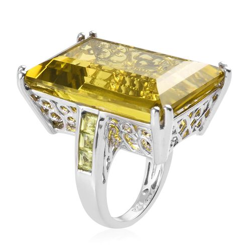 Natural Ouro Verde Quartz and Hebei Peridot Ring in Platinum Overlay Sterling Silver 46.00 Ct, Silver wt 7.45 Gms