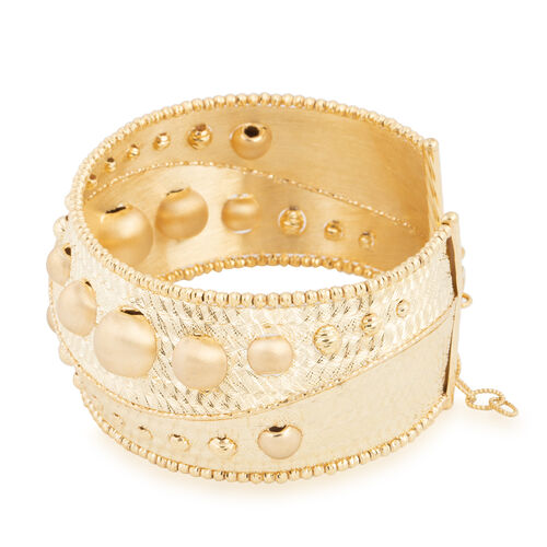 Italian Made-9K Yellow Gold Bangle (Size 7 and 1 inch Extender), Gold wt 18.85 Gms.