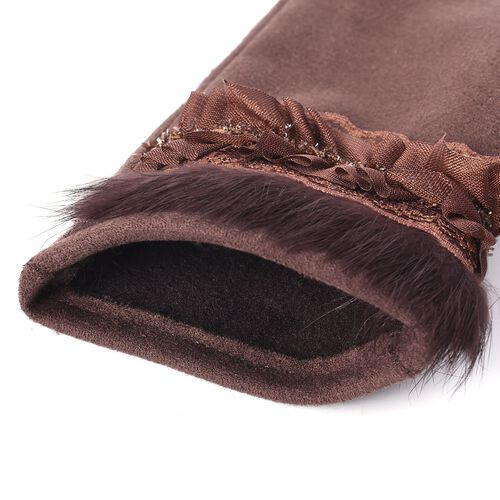 Solid Colour Women Winter Gloves with Pleated Embellishment and Faux Fur on the Wrist (Size 8.9x22.9 Cm) - Brown