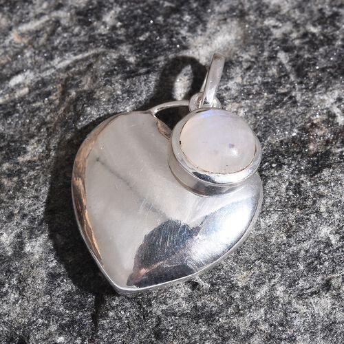 Sri Lankan Rainbow Moonstone (Rnd) Heart Pendant in Sterling Silver 1.750 Ct. Silver wt 3.54 Gms.