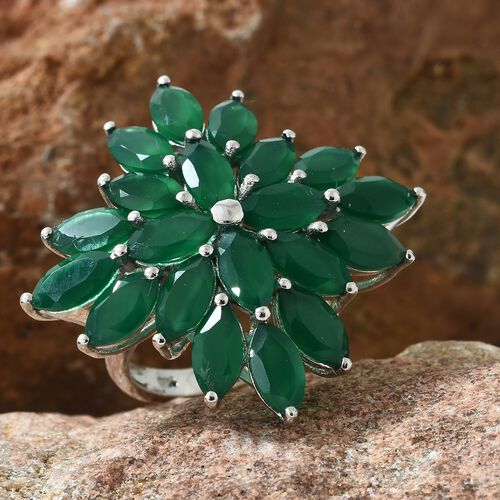 Verde Onyx (Mrq) Cluster Ring in Platinum Overlay Sterling Silver 10.500 Ct. Silver wt 7.51 Gms.