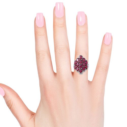 African Ruby (Ovl) Cluster Ring in Rhodium Plated Sterling Silver 8.500 Ct, Silver wt 6.70 Gms.