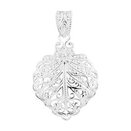 Sterling Silver Filigree Pendant, Silver wt 4.25 Gms.