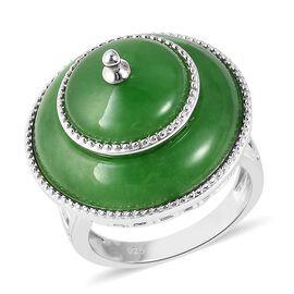 17 Carat Green Jade Pagoda Design Ring in Rhodium Plated Silver 8.12 Grams