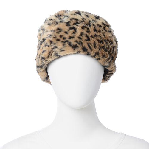 2 Piece Set - Brown Colour Leopard Skin Pattern Faux Fur Scarf and Hat (Size 36.22x22.84x4.53 Cm)