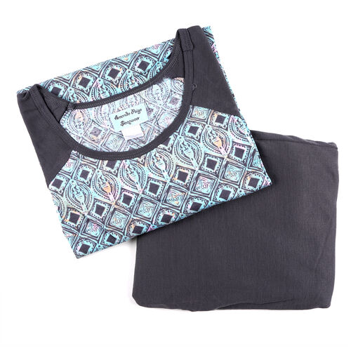 2 Piece Set - Amanda Paige Soft and Comfortable Solid Grey Leggings and Printed Top (Size L)