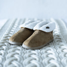 DOD- ARAN Suede Bootie Slippers with Fur Lining - Brown