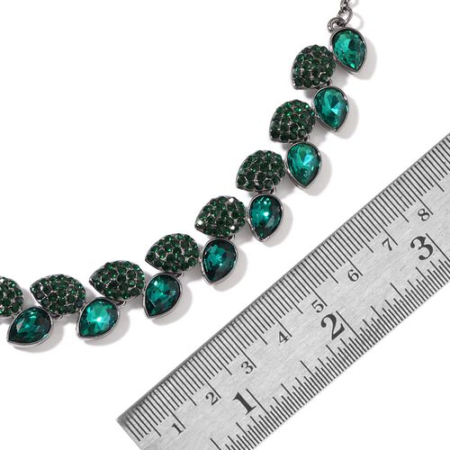 Simulated Emerald and Green Austrian Crystal Necklace (Size 20 with 3 inch Extender) in Silver Tone