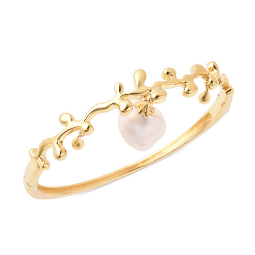 LucyQ Baroque Freshwater White Pearl Splash and Drip Design Bangle (Size 7.5) in Yellow Gold Overlay