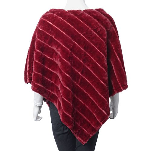 Red Colour Faux Fur Poncho and Brooch (Size 95x78 Cm)