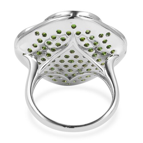 Designer Inspired- Russian Diopside (Rnd), Natural White Cambodian Zircon Ring in Black and Rhodium Overlay Sterling Silver 5.300 Ct, Silver wt 9.56 Gms, Number of Gemstone 133.