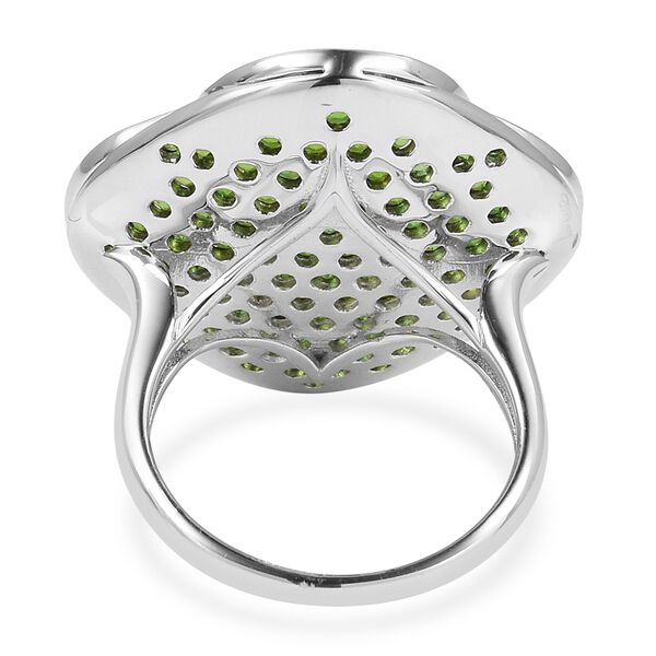 Designer Inspired-Russian Diopside (Rnd), Natural White Cambodian Zircon Ring in Black and Rhodium Overlay Sterling Silver 5.300 Ct, Silver wt 9.56 Gms, Number of Gemstone 133.