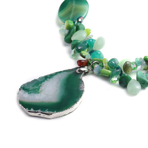 Green Shell, Green Quartzite, Green Agate, Simulated Emerald and Green Magic Colour Beads Necklace (Size 28 with 3 inch Extender) in Silver Tone 468.00 Ct.