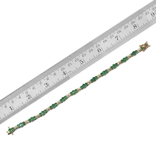 Collectors Edition- 9K Yellow Gold AAA Kagem Zambian Emerald (Ovl), Diamond Bracelet (Size 8) 8.500 Ct.