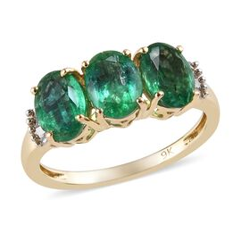 2.15 Ct Zambian Emerald and Diamond Trilogy Ring in 9K Gold 1.80 Grams