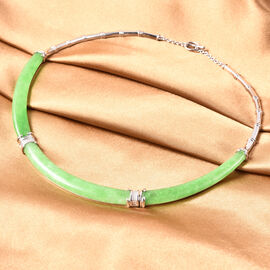 85.50 Ct Green Jade Collar Necklace in Rhodium Plated Sterling Silver 18 Inch