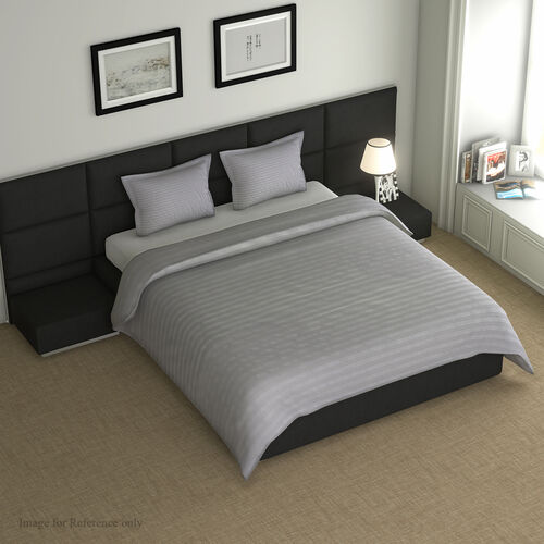 7 Piece Set -  Bedding Set including 1 Duvet with Duvet Cover (135x200cm), 2 Pillows with Pillow Cov