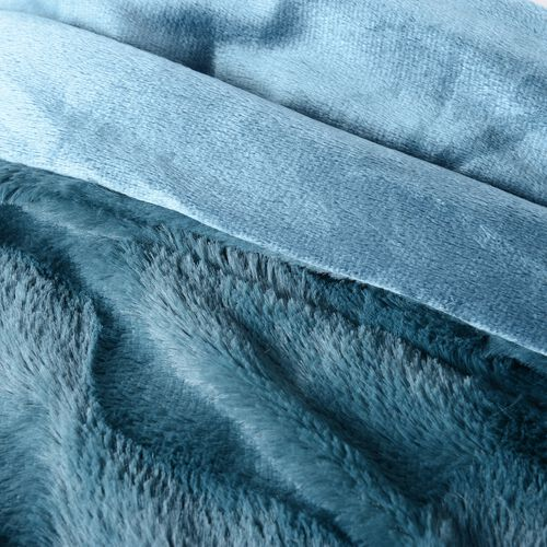 Block Texture Pattern Faux Fur Reverses To Mink Throw in Teal Colour (Size 200x150 Cm)