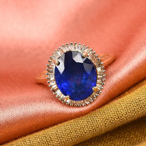 9K Yellow Gold AAA Tanzanian Blue Spinel and White Diamond Halo Ring 4.25 Ct