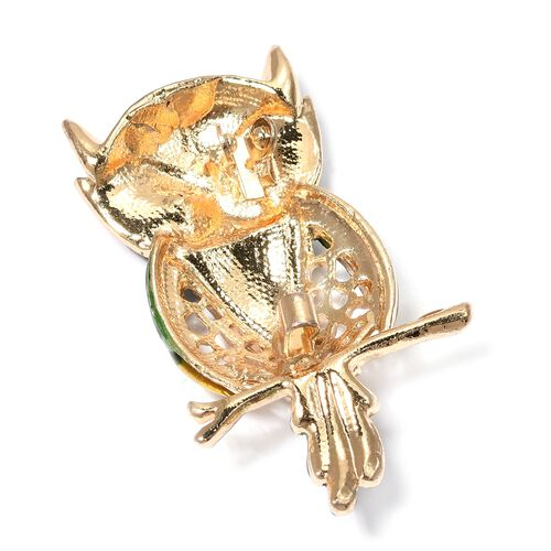 Designer Inspired - White and Green Austrian Crystal (Rnd) Owl Brooch in Yellow Gold Plated.