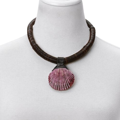 Hand Crafted Purple Shell Necklace (Size 18) 317.000 Ct.