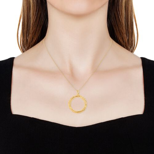 RACHEL GALLEY Lattice Circle Pendant with Chain (Size 30) in Yellow Gold Overlay Sterling Silver, Silver wt 12.47 Gms