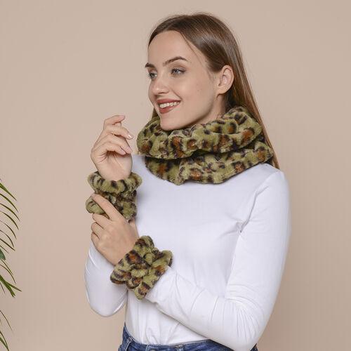 2 Piece Set - Leopard Skin Pattern Faux Fur infinity Scarf (Size 32x24cm) and Hand Cuffs (Size 9.5x12cm) - Green