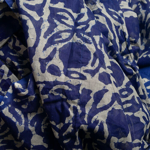 Set of 100% Cotton Blue and White Colour Printed Kaftan (Free Size), Bag (Size 50x40 Cm) and Flip Flop