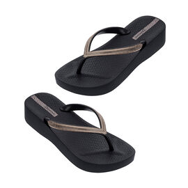 Ipanema Mesh Wedge Flip Flop in Black