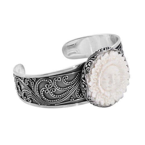 Princess Bali Collection OX Bone Carved Face (Rnd) Cuff Bangle (Size 7.25) in Sterling Silver, Silver wt 38.58 Gms